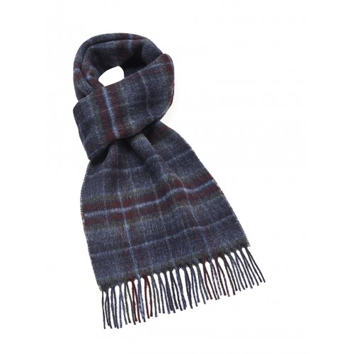 Discreet check scarf in soft merino wool.